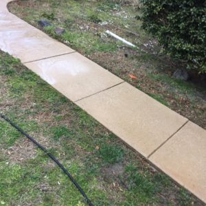sidewalk-cleaning-power-washing-baker-home-solutions